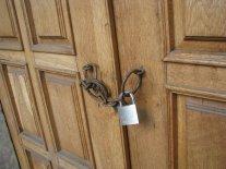 escape room door.jpg